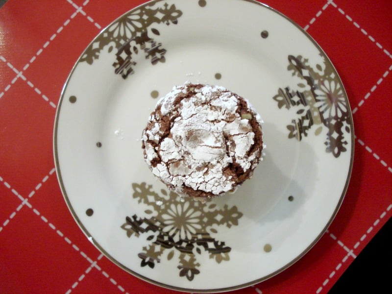 Snow Dusted Mint Chocolate Cookies