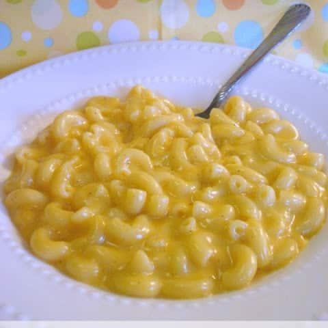 Creamy Crockpot Macaroni & Cheese
