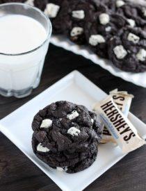Dark Chocolate Cookies & Cream Cookies from DessertNowDinnerLater.com