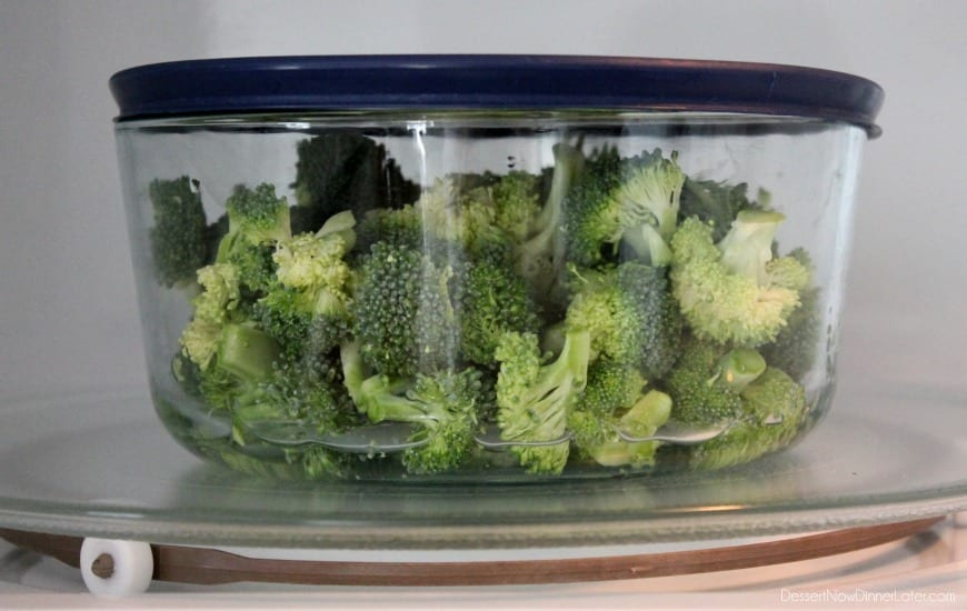 Steam Broccoli in the Microwave for the perfect cook!