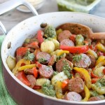 Pesto Gnocchi with Sausage and Peppers (+ Video)