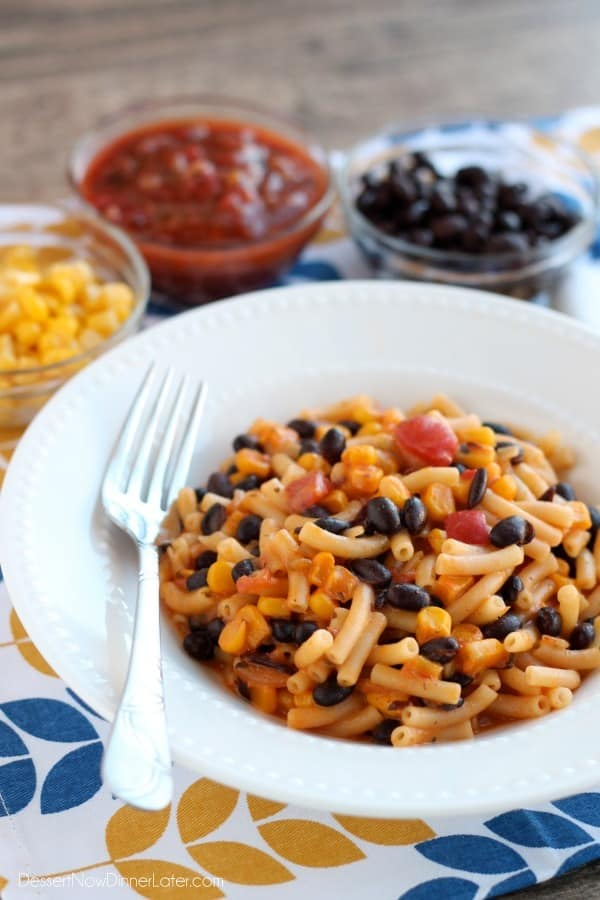 Need an easy and quick dinner idea? Grab a box of mac and cheese and a few other pantry ingredients to create this bold Southwestern Mac and Cheese the whole family will enjoy!