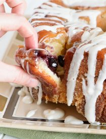 blueberry lemon pull apart bread-4