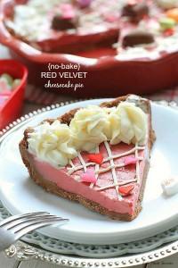 No-bake Red Velvet Cheesecake Pie -- @LifeMadeSweeter