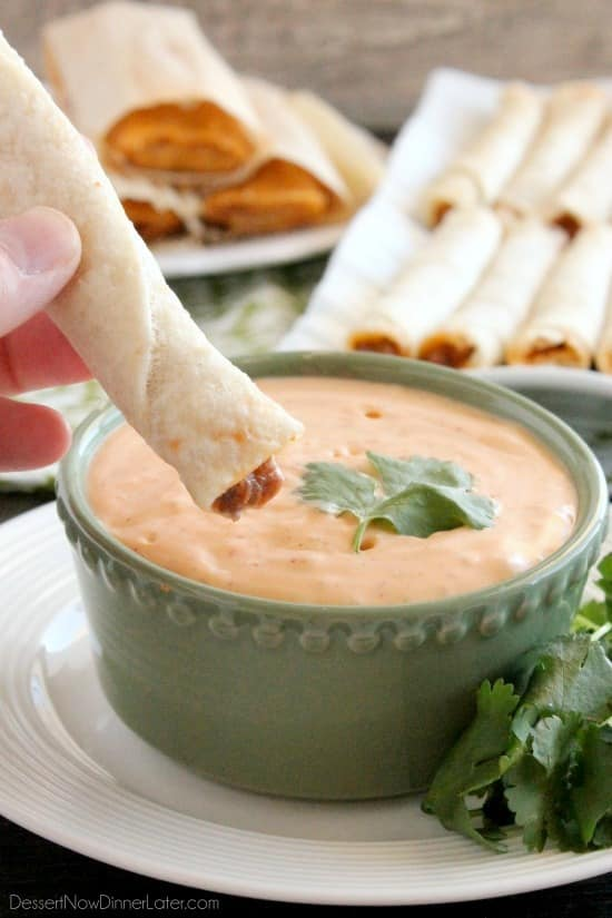 This 4 ingredient Chipotle Ranch makes a delicious dip or dressing!