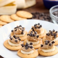 Chocolate Peanut Butter Banana RITZ® Bites