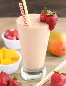This Strawberry Mango Dairy Free Smoothie is creamy, lightly sweet, and perfect for breakfast!