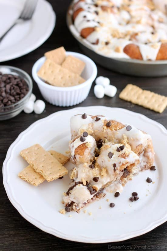 up in buttery cinnamon sugar rolls to create this S'mores Cinnamon ...