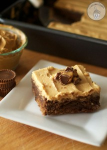 peanut-butter-cup-brownies-with-peanut-butter-frosting