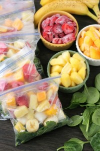Prep these smoothie packs for the freezer and when you're ready to eat, just add milk or water! Check out the tutorial and delicious green smoothie recipe!