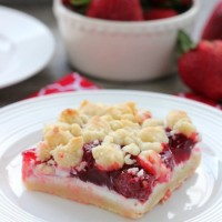 Strawberries and Cream Crumb Bars (+ More Strawberries & Cream Desserts)