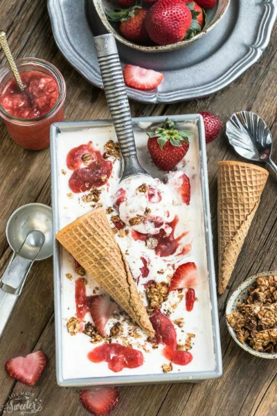 No Churn Strawberry Cheesecake Streusel Ice Cream // Life Made Sweeter