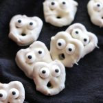 Ghost Pretzels (+ Video)