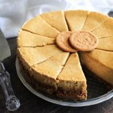 This Gingersnap Pumpkin Cheesecake is full of fall flavors, from the gingersnap cookie crust, to the spiced pumpkin cheesecake. It's the perfect pumpkin dessert! *PLUS! Tips on how to prevent cracks in your cheesecake!*