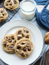 These totally irresistible Peanut Butter Chocolate Chip Cookies are chewy yet tender, and super easy to make!