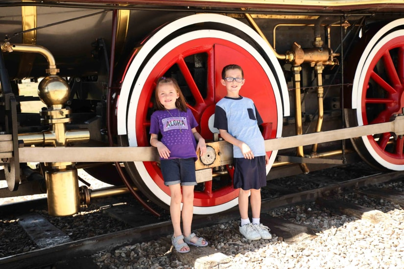 Golden Spike Union Pacific Train (Replica)