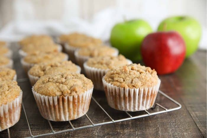 Apple Cinnamon Muffins are full of apples and cinnamon with an irresistible crumb topping.