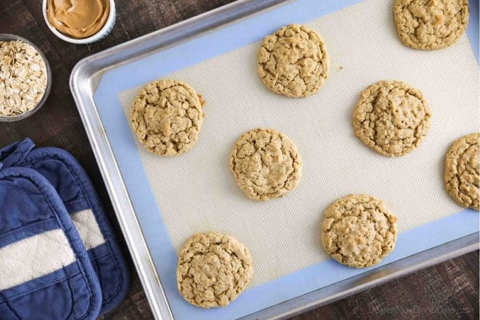 Baked oatmeal peanut butter cookies.